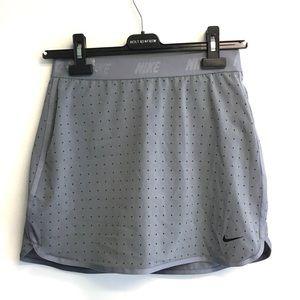 NIKE Dri Fit Skirt Skort Gray With Black Dots L